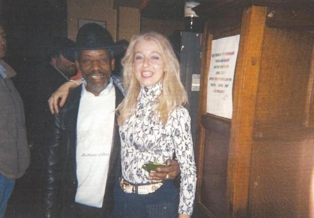 Mary a Londra con musicista