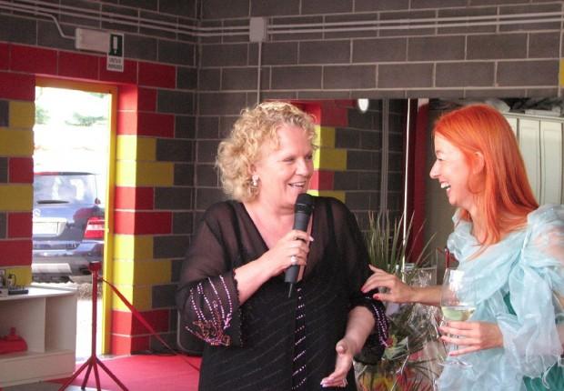 con Katia Ricciarelli smile